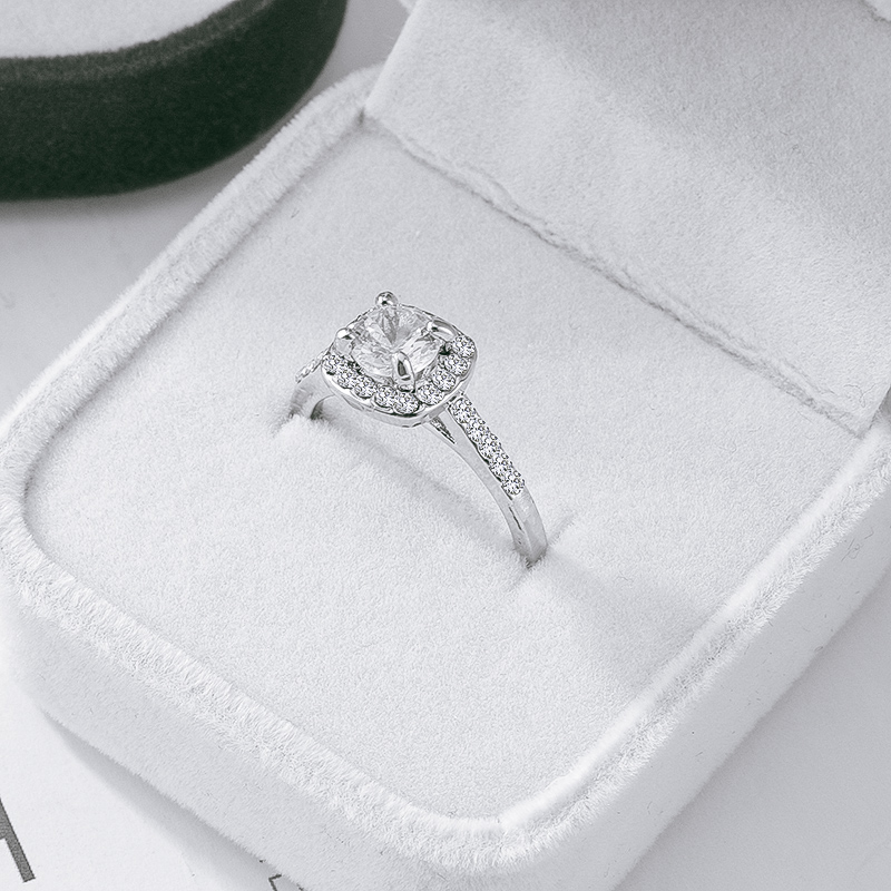Fashion Luxury Crystal Engagement Ring for Women AAA White Cubic Zirconia Silver color Rings 2020 Wedding Trend Female Jewerly|Rings| - AliExpress