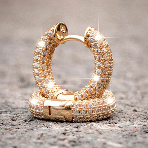 Huitan Luxury Women Small Hoop Earrings Dazzling Micro Paved CZ Stones Versatile Female Accessories High Quality Fashion Jewelry