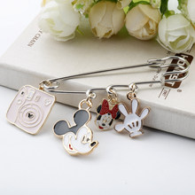 Cartoon Hanger Broche Pins Anime Minie Mouse Hoofd Mikey Muis Hand Vorm Korte Dangle Enamel Broche Badge Pinnen Geschenken(China)