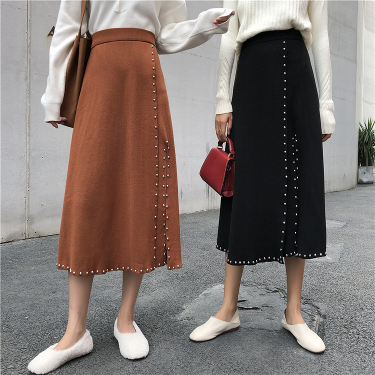 2020 New Women's Solid Color Knitted Thick Skirt Hips Slit Buttons Package Hip Skirt College Style Button Decoration