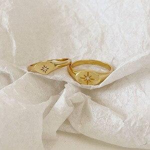 Elegante em forma de sol de alta qualidade anéis de dedo para as mulheres moda jóias design simples pequeno anel de ouro senhoras moda jóias