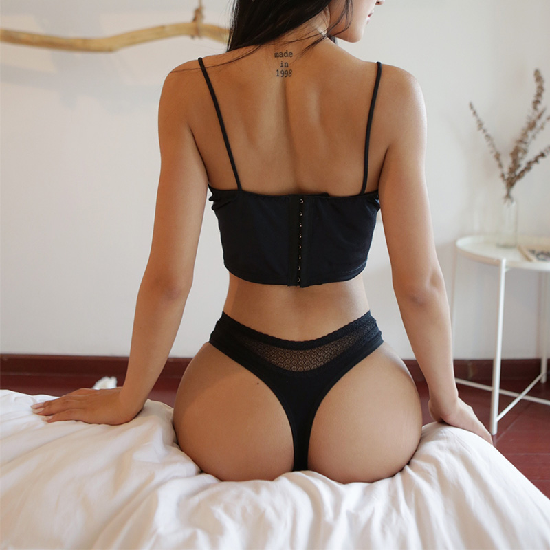 2020 New Sexy Women Transparent G-string Thongs Underwear Seamless Lace Panties Low Waist Women's Intimates Lady Lingerie Tangas