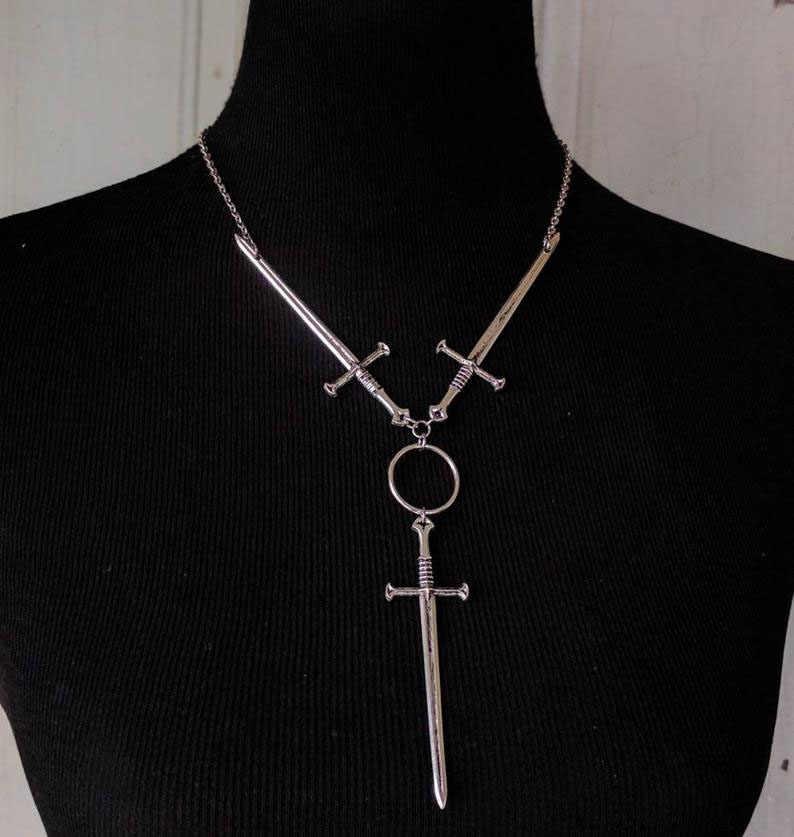שלוש של חרבות שרשרת, קולר שרשרת-כסף מצופה-טארוט-גותיקה-אוונגרד-סמוי-Witchy-עצבני-מימי הביניים תכשיטים
