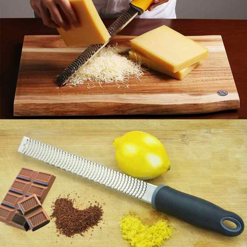 المطبخ الحمضيات و الليمون مبشرة و البارميزان الجبن ، الليمون ، الزنجبيل ، الثوم ، جوزة الطيب ، الشوكولاته ، الفاكهة الخضار سكين للجبن