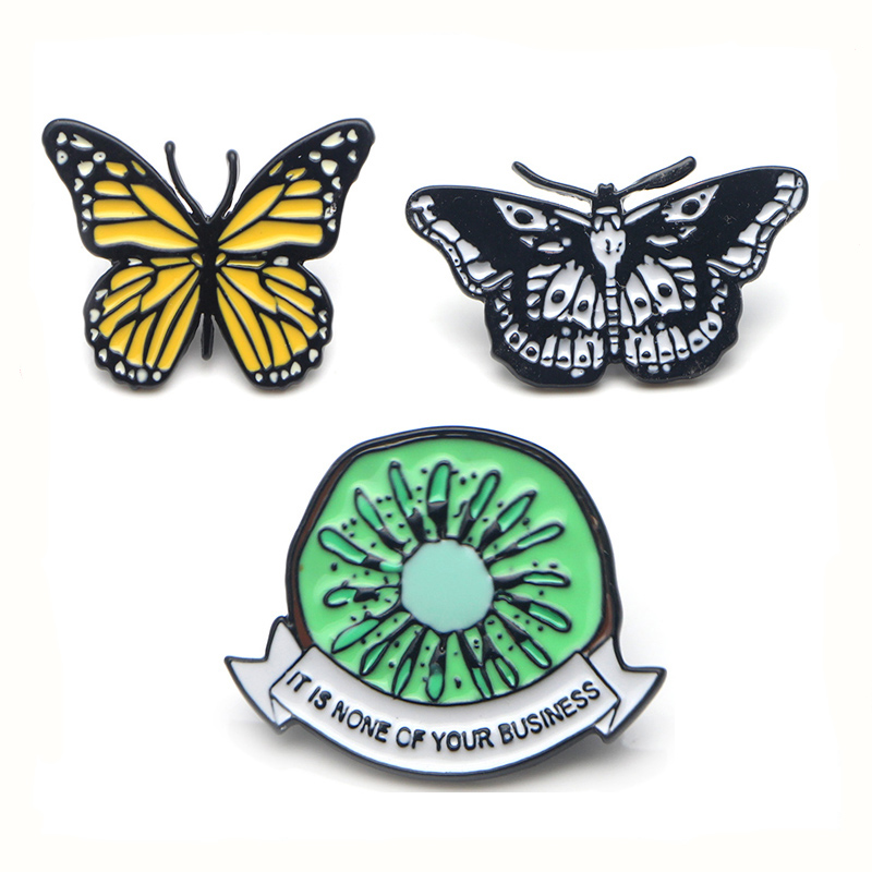 Harry styles butterfly animal Zinc alloy tie pins badges para shirt bag clothes cap backpack shoes brooches for women E0384 in Badges from Home Garden