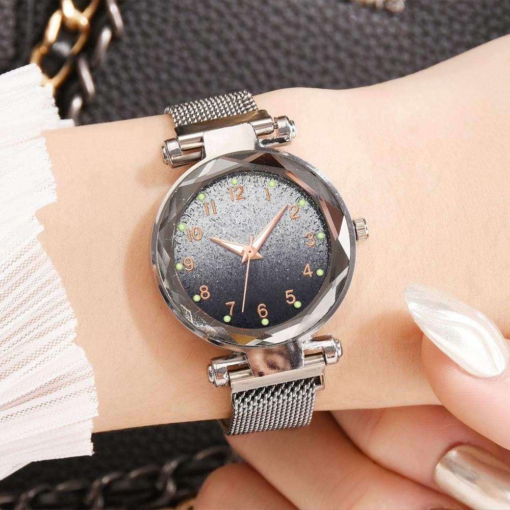 Women Fashion Quartz Watch 2019 Luxury Crystal Ladies Silver Dress Wristwatches Female Starry Sky Magnetic Waterproof Clock Xfcs