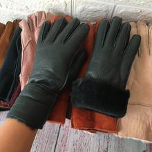 Rękawiczki damskie ciepłe zimowe rękawiczki skórzane 2019 rękawiczki ręczne marka moda klasyczne rękawiczki damskie rękawiczki z owczej skóry tanie tanio NIUMELIANG Kobiety Prawdziwej skóry Dla dorosłych Patchwork Nadgarstek Nowość