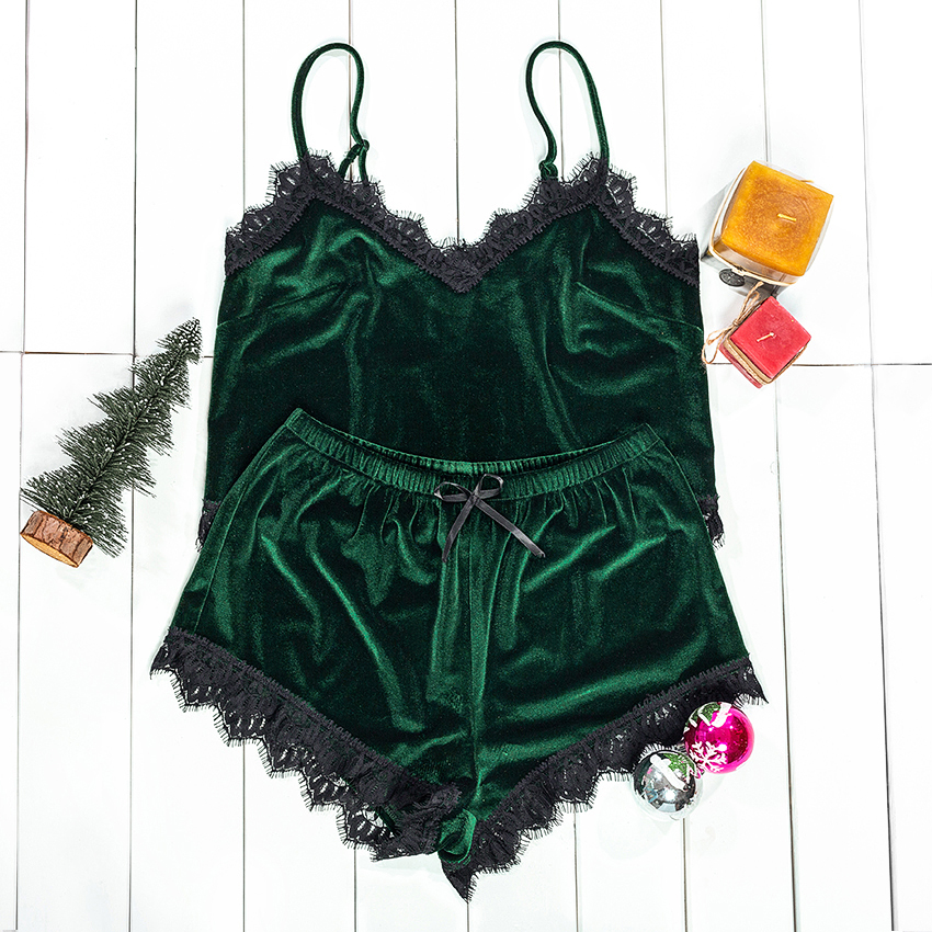Suphis Christmas Sexy Sleepwear Women Velvet Pajama Set Lace Top Cami And Bow Short Autumn Winter PJ Set Green Nightwear
