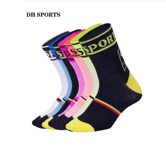 DH SPORTS New Professional Cycling Socks For Women Men Quality Brand Racing Riding Sock Outdoor Bike Sport Compression Socks