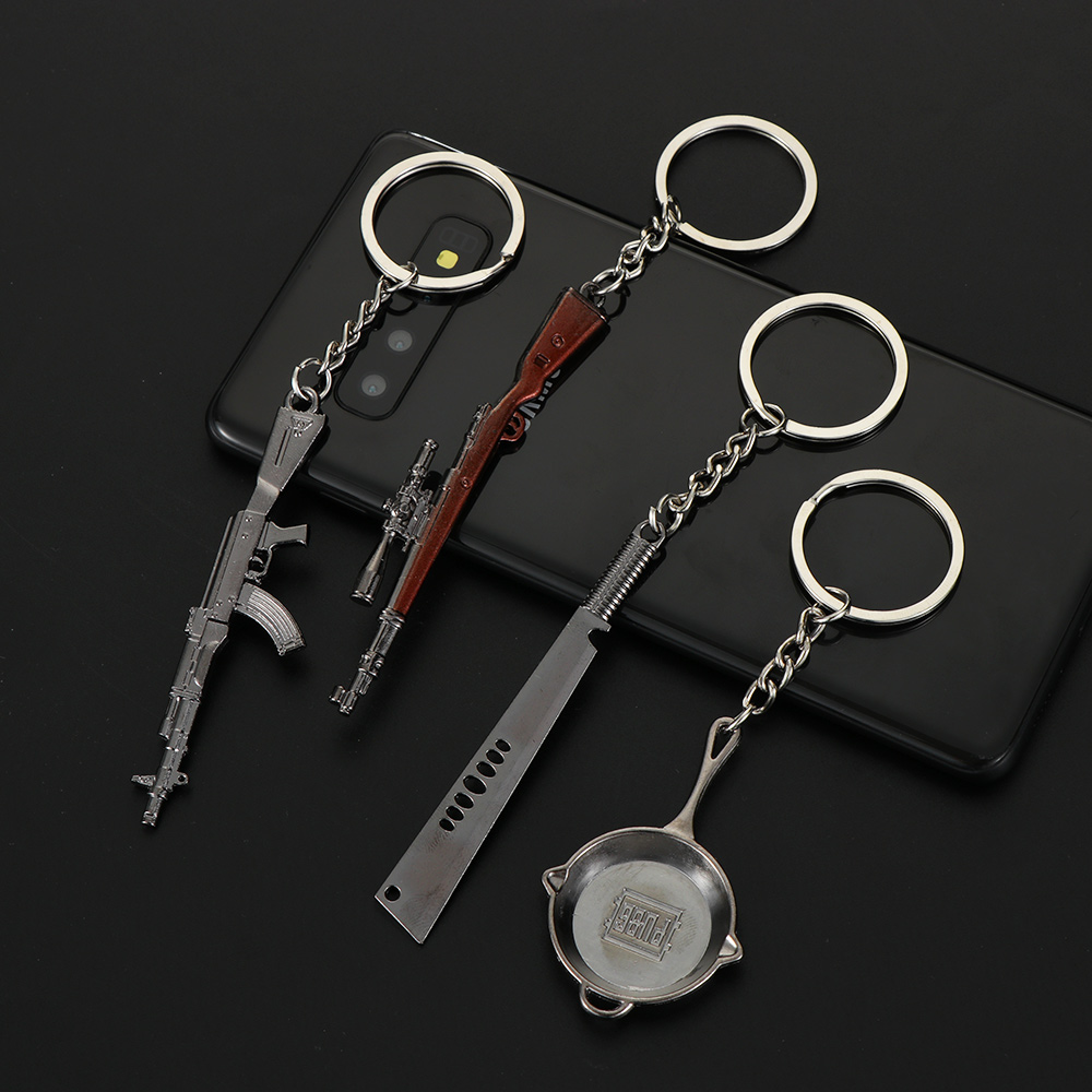 1 Pc Creative 98K Game Fans Key Rings Simulation Model Copper Keychain Helmet And Guns Motorcycle Car Key Rings Gift