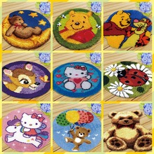 Mat Latch Hook Cushion Kit Embroidery Carpet Smyrna Knooppakket Button Cushion Animals Needlework Almofadas Do It Yourself DIY rainbow flower cushion button package smyrna needle for carpet embroidery everything for handmade latch hook rug do it yourself