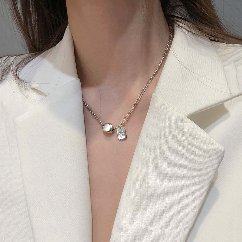 ANENJERY Dainty Square Letter LUCK Bead Necklace For Women Love Heart Pendant Disc Clavicle Chains Party Jewelry Gifts S-N616