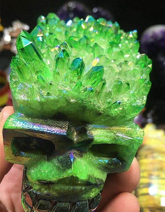 Quartz. Naturel Anneau lumineux de couleur titane Tête de mort Pierre d'énergie Reiki pierre de chrysanthème   Spécimen de chrysanthème
