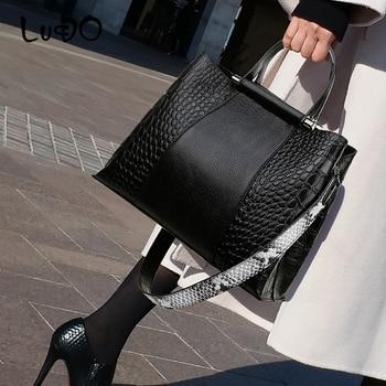 LUCDO Vintage crocodile pattern Leather Handbag Casual large Capacity totes bags Designer Crossbody bags for women 2020 Bolsas
