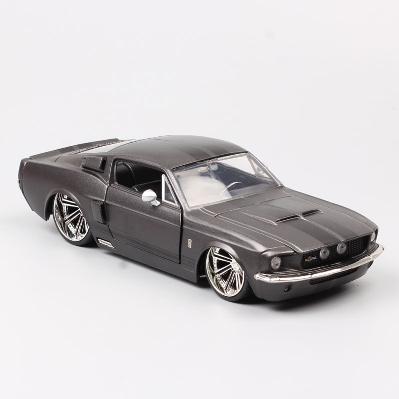 1/24 Jada Classics 1967 Ford Shelby Mustang GT500 Fastback Diecast Model Scale Car Toys Vehicle Race For Collection Souvenir Boy