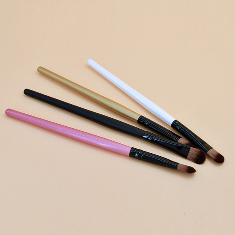 4Color Solid Wood Handle Eyeshadow Brush Wool Fiber Eyeliner Foundation Blush Brush Portable Travel Makeup Brush Tool