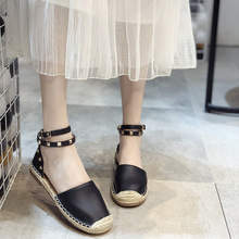 Spring Summer 2020 New European and American Rivets Buckle Sandals Women Soft Alpargatas Sh