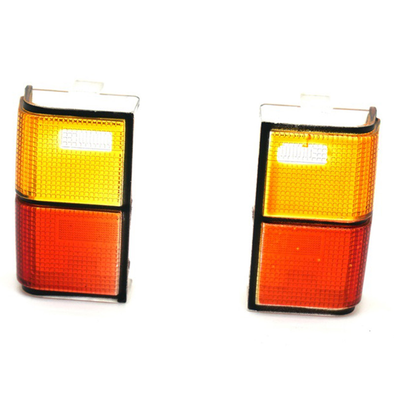 2Pcs Tail Light Cover For 1/10 RC Crawler Cherokee D90 Axial SCX10 90046 90047 Car Shell Body