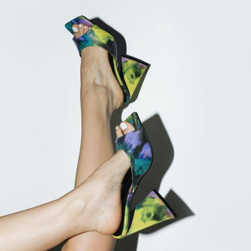 Шлепанцы женские на высоком каблуке, пикантные сандалии, Уличная обувь, цветной узор, размеры 34-45, лето 2021