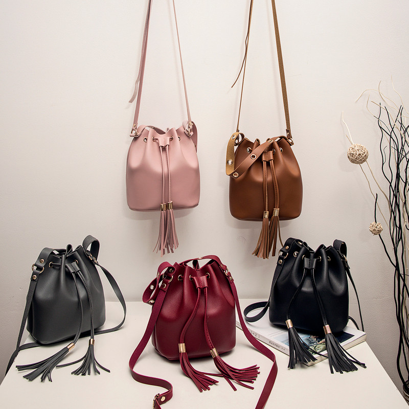 Small Bag For Women Leather Solid Shoulder Bag Fashion String Tassel Bucket Bags Female Ladies Phone Pocket Sac A Main Femme