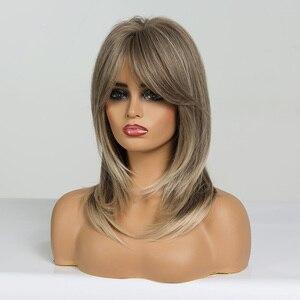 Image 4 - אלן איטון נשים אור חום בלונד בינוני אורך שכבות גלי סינטטי שיער פאות עם פוני פאת קוספליי חום סיבים עמידים
