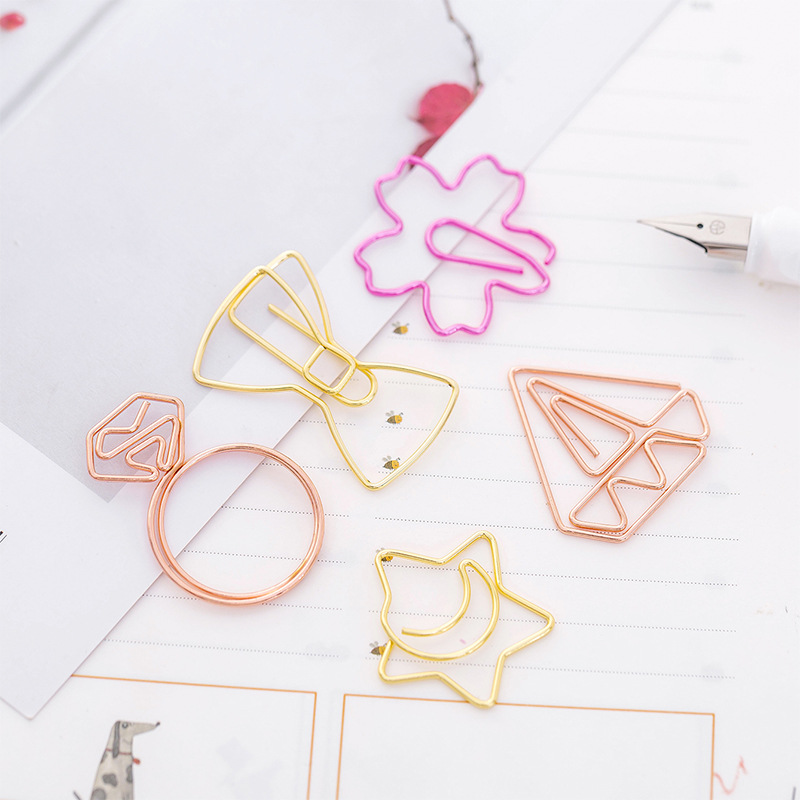 1pcs Rose Gold Paper Clips Bookmark Novelty Diamond Metal Paperclip Student Books Binder Clip School Supplies Kawaii Stationery