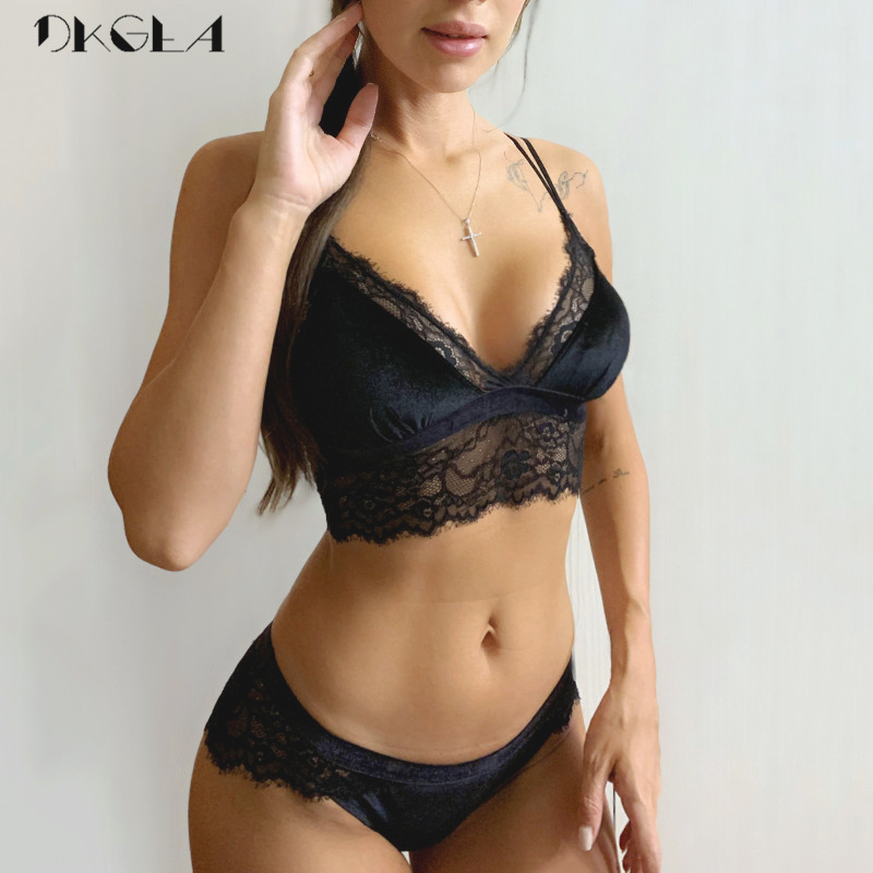 2020 New Embroidery Lingerie Set Black Velvet Brassiere XL L M S Women Underwear Set Sexy Thin Wire Free Bra Panties Sets Lace
