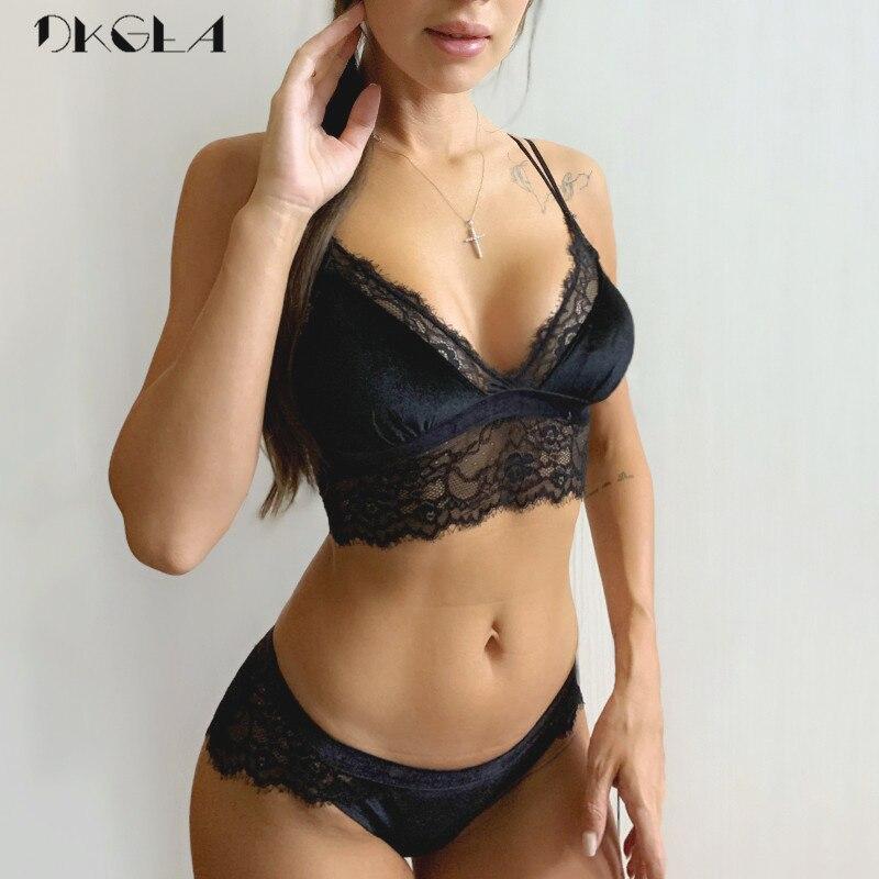 2020 New Embroidery Lingerie Set Black Velvet Brassiere XL L M S Women Underwear Set Sexy Thin Wire Free Bra Panties Sets Lace