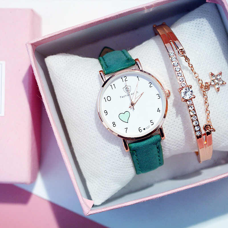 Pequeno mostrador simples mulheres relógios de quartzo moda senhoras relógio de pulso minimalismo correias de couro meninas mão relógio presente para o sexo feminino