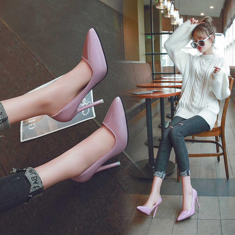 Seksi kadın ayakkabısı çıplak sivri yüksek topuklu Stiletto siyah iş tek ayakkabı kırmızı düğün ayakkabı Patent deri elbise parti pompaları