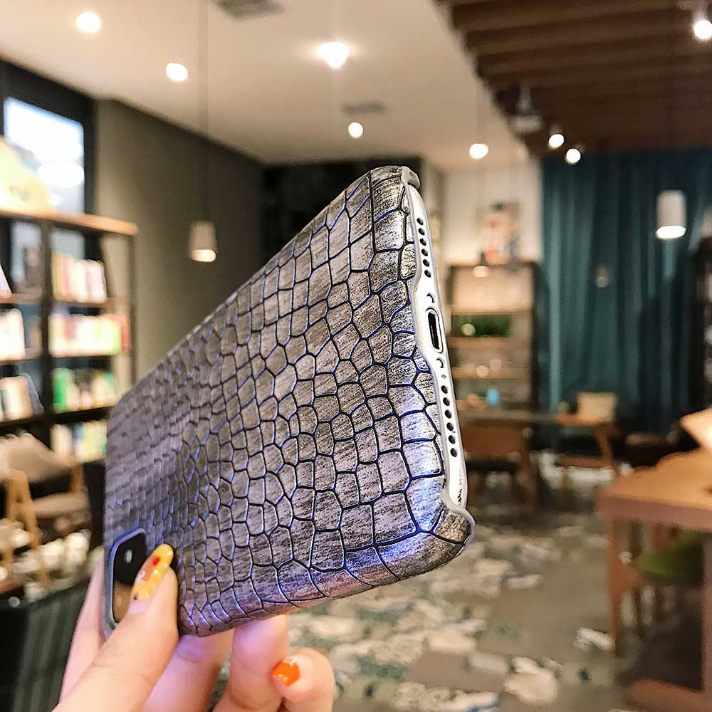 Fashion Cool Crocodile Snake Skin Cover Case With Hybrid Rubber Cape For iPhone Xs Max 3