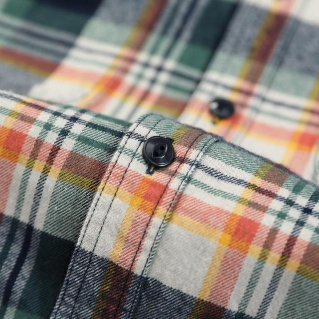 Long Sleeve Shirts with checkers made of cotton