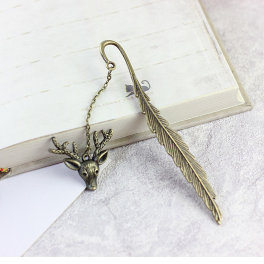 1Pc Creative Bronze Animal Horse Bookmark Charm Tower Star Moon Metal Bookmark Best Gift School Office Supply