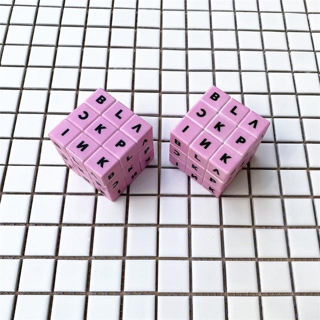 BLACKPINK MAGIC PUZZLE CUBES