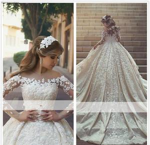 Image 1 - 2019 арабское цельнокроеное прозрачное свадебное платье с длинными рукавами бальное платье Кружевная аппликация для церкви официальное свадебное платье для невесты