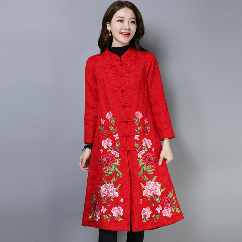2020 China Retro Folk Style Women Long Qipao Coat Loose Embroidery Cotton Linen Chinese Traditional Windbreaker Hanfu Robe