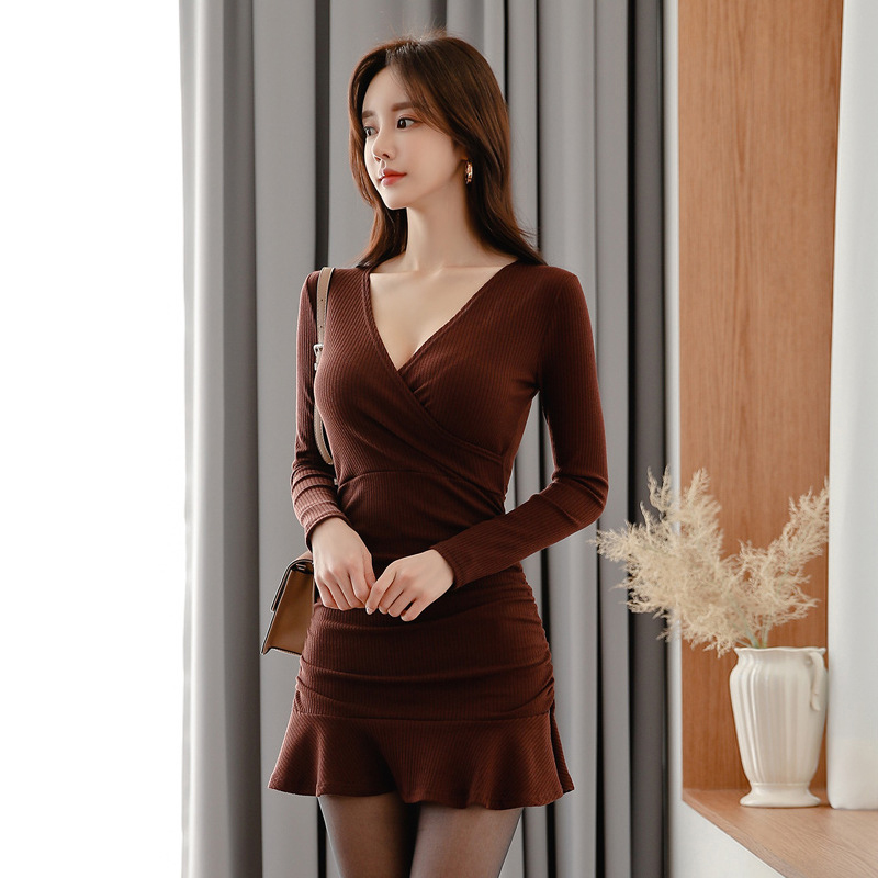 Fashion Women Comfortable Elegant Solid V-neck Formal Dress New Arrival Party Sexy Vintage High Quality Cute Mini Trumpet Dress
