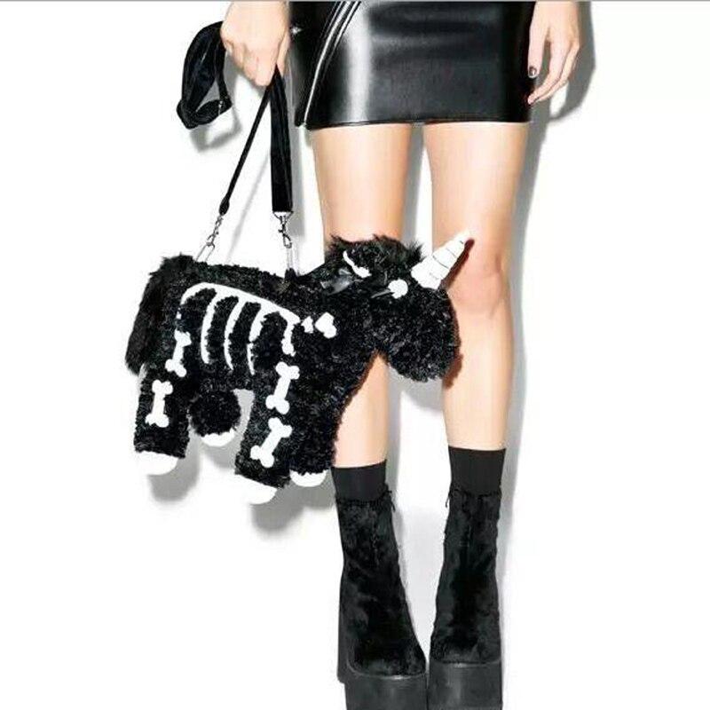 Роскошная женская сумка в стиле панк черного цвета с мультяшными животными