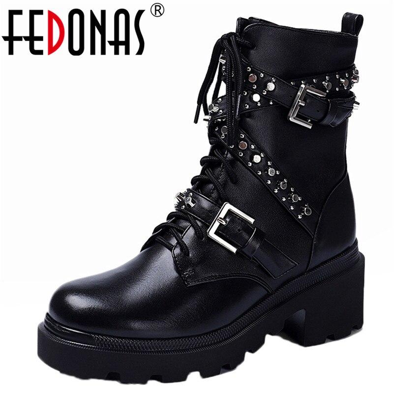 FEDONAS/женские ботильоны из натуральной кожи с заклепками; сезон осень зима; мотоботы в стиле панк; обувь для вечеринок; женские полусапожки с ...