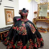 Black Applique Quinceanera Dresses 2020 Off Shoulder Crystal Beaded Ball Gowns Sweet 16 Dress Prom Dress vestidos de 15 años