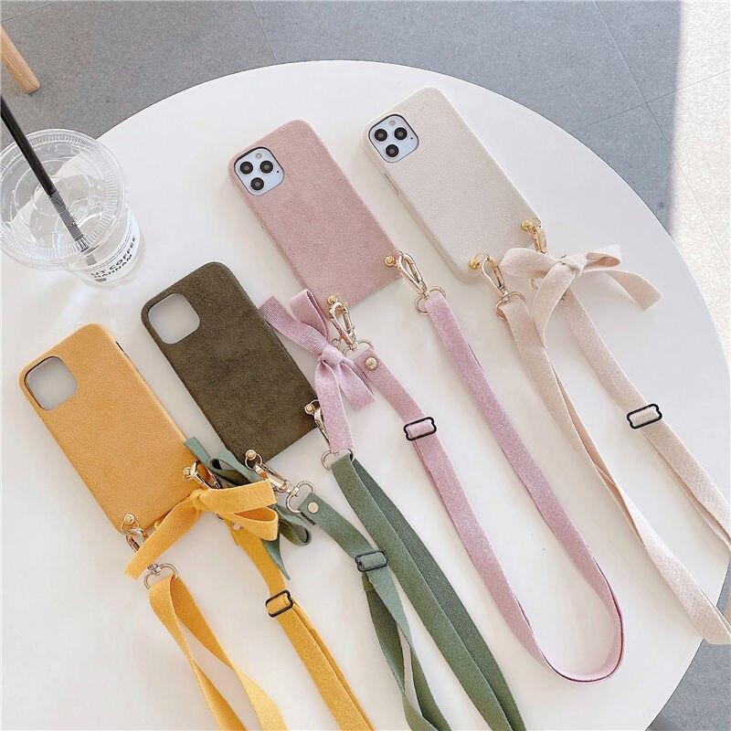 Funda de teléfono móvil de felpa con cadena, collar cruzado, para iPhone 12, 11 Pro, XS, MAX, XR, X, 7, 8 Plus, SE, cálida, con cordón, para invierno 1
