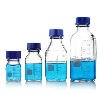 Niebieska pokrywka butelka odczynnika szklana kwadratowa butelka przezroczysta ze skalą laboratoryjna butelka odczynnika 100 250 500 1000ml tanie i dobre opinie Kolby blue reagent bottle Transparent high borosilicate glass glass square