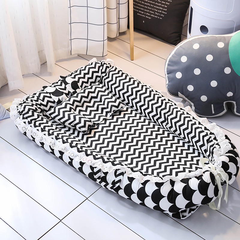 Portable Baby Bed Foldable Infant Travel Bed Soft Comfortable Pillow  Newborn Nest Multifunction Baby Cot Cradle Baby Crib