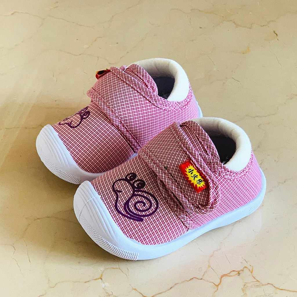 Baby Gilrs Shoes Newborn Printed Soft Bottom Toddler Shoes Children Kids Cute Cartoon Snail Squeaky Soft Sole Shoes Sneakers