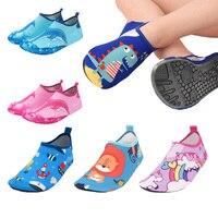Obuwie dziecięce dziewczęce antypoślizgowe miękkie boso dziecięce klapki chłopięce buty na plażę maluszek niemowlęcy podłoga domowy kapeć Snorkeling Swim Socks w Kapcie od Matka i dzieci na