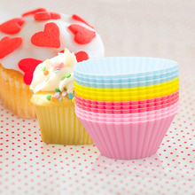6pcs/Set Silicone Maffin Cup Round 7cm Cake Mould 8 Color Bake Random Baking Mold