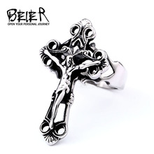 BEIER Anillo de crucifijo con cruz de Jesús para hombre, sortija de oración cristiana de acero inoxidable de titanio, joyería de la suerte Punk Vintage R001