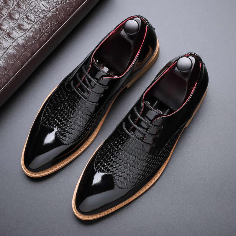 Men Plus Size Buckle Three Joints Slip On Wear-resistant Non-slip Business Shoes