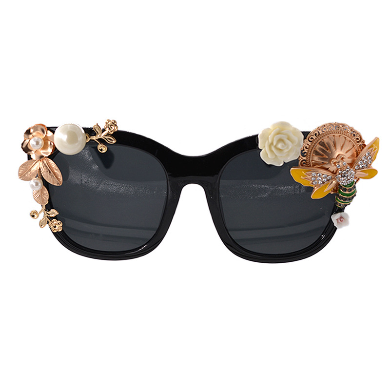 Baroque Bee Sunglasses Rose Gold Metal 90s Vintage Women Retro Fashion Flower Luxury Designer 2019 Pearl Sun Glasses