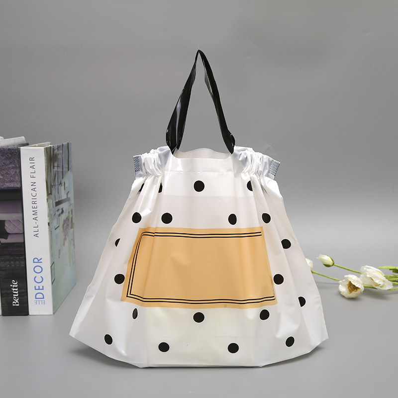 wedding : 50pcs Thick Large Plastic Bags matte Black Round Dots With Handles Wedding Party Gift Packaging Bag Clothing Store Shopping Bag